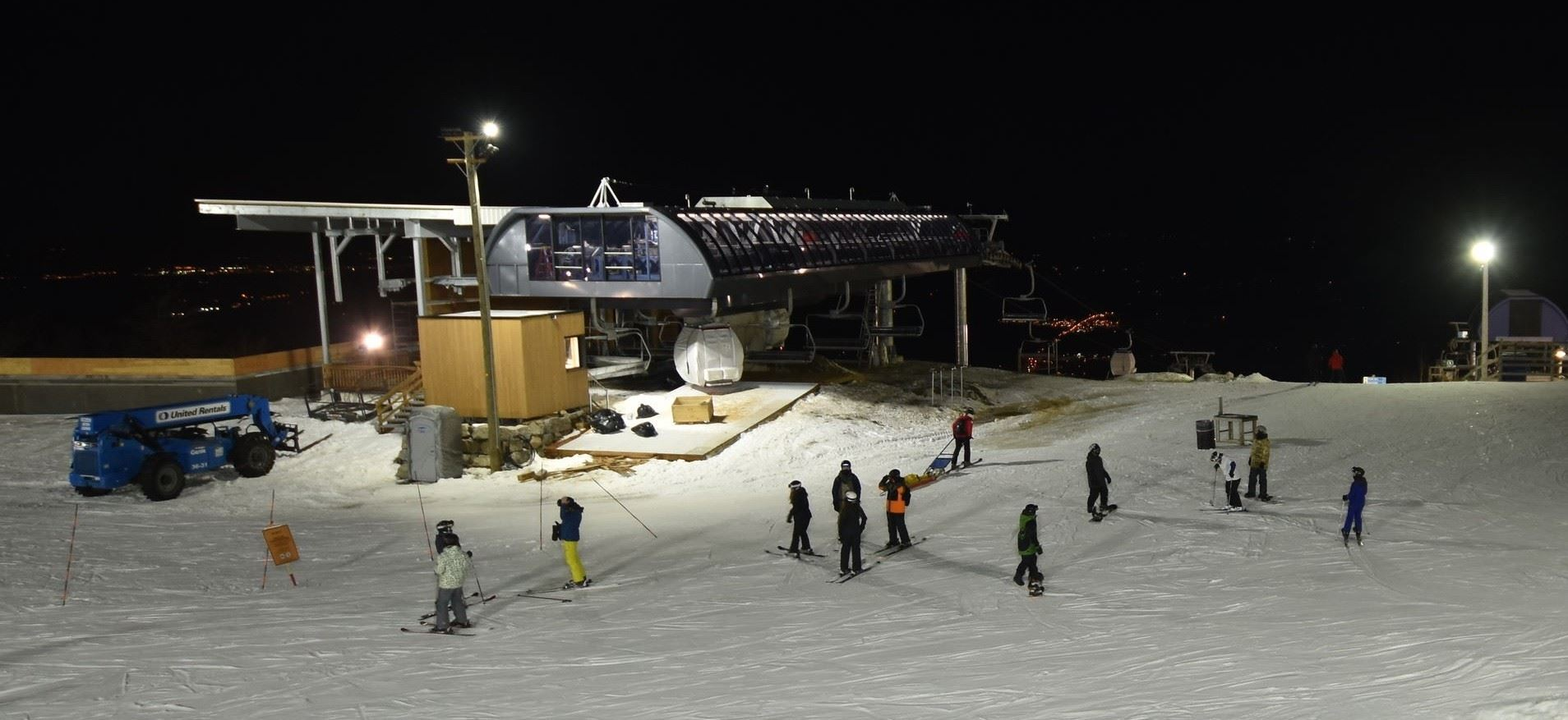 bromont-summit-dec15-pm.thumb.jpeg.a56c0fcdb22033f75f11c6ae2b134f52.jpeg